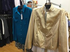 Love this blouse and jacket for Mom! Great holiday gift, and under $50 with all the great sales at @lovechicos!