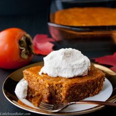 A dense, moist, and chewy spiced pudding cake recipe made from the delicious persimmon fruit. Easy to make and a perfect fall/winter dessert. Persimmon Cookies, Persimmon Fruit, Persimmon Recipes, Cakes To Make, How To Make Cake, Mini Desserts, Just Desserts, Winter Desserts, Kitchens