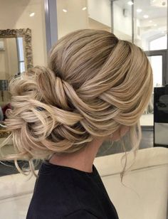 Still searching for the most trendy wedding hairstyles for your big day? Get inspired by these most trendy wedding hairstyles that will leave any bride tressed to impress! We prepared 36 Most Trendy Wedding Hairstyles Inspiration for Bride. Wedding Hair Flowers, Wedding Hair And Makeup, Wedding Updo, Wedding Bridesmaids, Wedding Party Hair, Prom Updo, Hair Makeup, Wedding Rings, Bridal Makeup