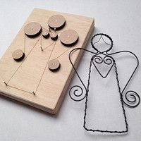 Prodané zboží uživatele JitkaMorys   Fler.cz Wire Crafts, Metal Crafts, Diy And Crafts, Wire Ornaments, Christmas Ornaments, Metal Bending Tools, Wire Jig, Wire Jewelry Designs, Craft Markets