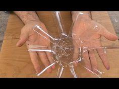 Ideia linda com garrafa plastica para plantar amor perfeito - Tudo Vira Vaso - YouTube The Creator, Bella, Youtube, Diy, Crafts, Ideas Para, Pets, Plastic Squeeze Bottles, Diy And Crafts