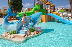 Water Playground, Backyard Playground, Kids Play Centre, Parc A Theme, Outdoor Fun, Outdoor Decor, Water Parks, Hello Kitty Birthday, Kiddie Pool
