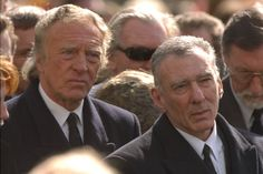 March 1995. Funeral of Ronnie Kray - Corbis Twin Quotes, The Krays, Mafia Gangster, Old London, Mobsters, Gangsters, Funeral, Twins, Nostalgia