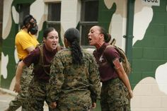 Drill instructors from Papa Company, Recruit Training Battalion, correct a recruit who ran out of the gas chamber early on Parris Island, S. Recruits had to stay in the chamber until told to leave. We had the same thing happen in 04 Women Marines, Female Marines, Female Soldier, Military Women, Us Marines, Military Life, Female Warriors, Drill Instructor, Parris Island