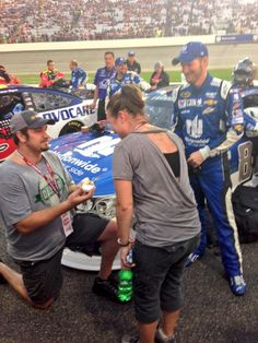 This pre-race proposal gets @DaleJr's approval!  [Twitter @MRNRadio]