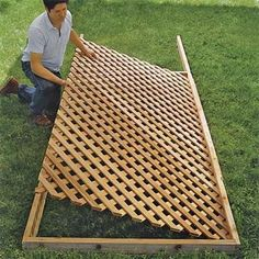 how to build lattice fence panels Set the Lattice in Place How to Build a Trellis This Old House Backyard Projects, Outdoor Projects, Garden Projects, Backyard Ideas, Backyard Privacy, Privacy Fences, Privacy Trellis, Back Yard Privacy Ideas, Outdoor Privacy Screens
