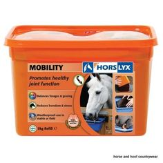 Horslyx Mobility Lick Encourages natural trickle feeding patterns whilst balancing the nutrient deficiencies often found in forage and grazing and helps to reduce freedom and stress.