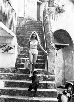 Brigitte Bardot, Saint-Tropez 1958 by Willy Rizzo....réépinglé par Maurie Daboux .•*`*•. ❥