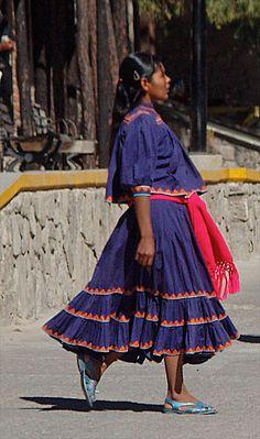 Mujer Tarahumara; Chihuahua,México.
