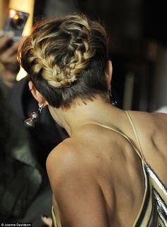 Sienna Miller sports silver striped gown at Foxcatcher premiere #dailymail