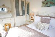 Blue Seas - Hendras Park, Luxury Holiday Home with Sea Views and Garden, Cornwall