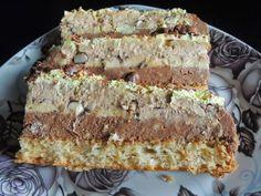 Kora:    8 bjelanaca,  200 šećera,  150 g kokosovog brašna,  2 kašike brašna,  malo praška za pecivo.   Fil:  8 žumanaca  8 kašika šećera,  ...