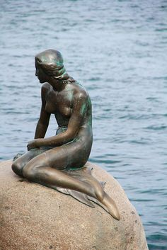 Copenhagen - Little Mermaid. Walked miles for this little statue