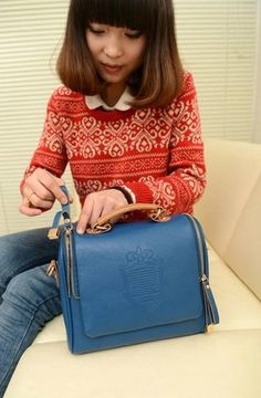 Europe And American Fashion Exquisite Lady PU Tide Shoulder Women's Cute Little Crossbody Bag http://www.eozy.com/europe-and-american-fashion-exquisite-lady-pu-tide-shoulder-women-s-cute-little-crossbody-bag.html