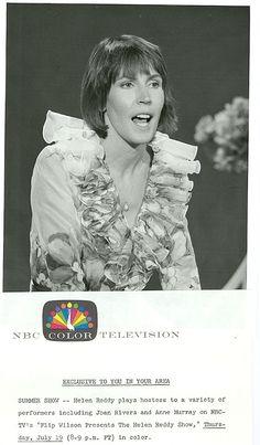 HELEN REDDY SINGING PORTRAIT THE HELEN REDDY SHOW ORIGINAL 1973 NBC TV PHOTO in | eBay