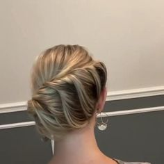 Bun Hairstyles For Long Hair, Pretty Hairstyles, Braided Hairstyles, Hairstyles For Nurses, Braided Chignon, Latest Hairstyles, Hair Up Styles, Medium Hair Styles, Hair Videos