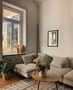 Nyc Living, Home And Living, Home Living Room, Furniture, Living Room Inspiration, Home, Interior, Apartment Living, Room