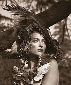 Tatjana Patitz by Herb Ritts (Malibu, * Tatjana Patitz, 90s Models, Female Models, Dark Beauty Magazine, Herb Ritts, Social Media Break, Mario Sorrenti, Model One, Timeless Beauty