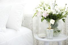Lennol | Sointu Bed Spread, White & BELINDA Cushions, White Bed Spreads, Glass Vase, Cushions, Feminine, Beautiful, Home Decor, Throw Pillows, Women's, Toss Pillows