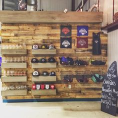 Brewery Decor, Brewery Design, Clothing Store Displays, Beer Store, Store Layout, Retail Store Design, Store Fixtures, Brew Pub, Tap Room