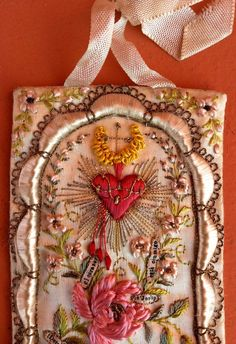 antique,+beautiful,+sacred+heart+of+jesus,+silk+embroidery+scapular+Peru+detente+
