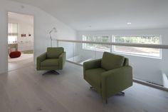 Timber kaide toisessa kerroksessa. Sofa, Couch, Furniture, Home Decor, Homemade Home Decor, Settee, Couches, Home Furnishings, Sofas