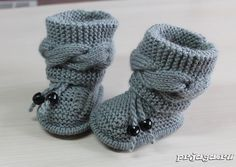 Free Knitting Pattern for Cable Baby Booties - Size: months. Knitting , Free Knitting Pattern for Cable Baby Booties - Size: months. Free Knitting Pattern for Cable Baby Booties - Size: months. Baby Knitting Patterns, Free Knitting, Cable Knitting, Designer Knitting Patterns, Baby Booties Knitting Pattern, Crochet Baby Booties, Knit Baby Shoes, Crochet Baby Blanket Beginner, Baby Pullover