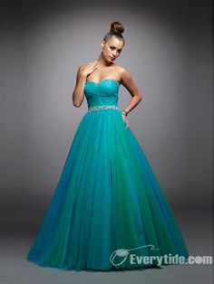 Wholesale Gorgeous Organza Sweetheart Quinceanera Dresses / Graduation Ball / Prom / Evening / Military Ball   $147.99
