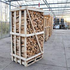 http://www.haardhout.nl/product/hele-pallet-eikenhout-openhaardhout/ - Pallet eikenhout, komt overeen met circa 2m3 gestapeld openhaardhout . Samenstelling: Ovengedroogd haardhout eikenhout. 2m3 gestapeld openhaardhout is ca. 3,2 m3 losgestort.