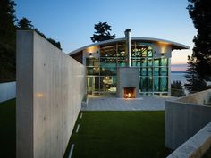 Industrial West Seattle Home by Lawrence Architects