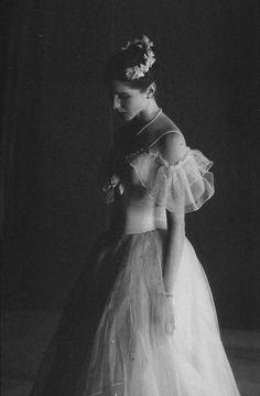 "Sofia Gumerova, 'La Sylphide' photograph by Valentin Baranovsky"" Ballerina Hair, Vintage Ballerina, Ballerina Dancing, Ballet Dancers, Ballet Images, Ballet Photos, Dance All Day, Pretty Ballerinas, Ballet Beautiful"