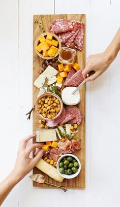 Foolproof Recipes for Thanksgiving: Cheese Board
