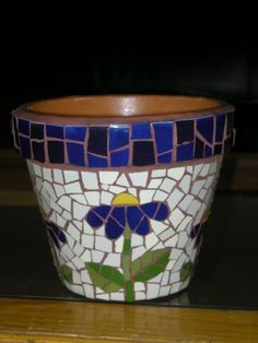 Blue flowers with stem and leaves Mosaic Planters, Mosaic Garden Art, Mosaic Vase, Mosaic Flower Pots, Mosaic Diy, Mosaic Crafts, Mosaic Projects, Mosaic Tiles, Mosaics