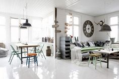 http://justinlovewithberni.files.wordpress.com/2013/03/industrial-vintage-interior-design-1.jpg
