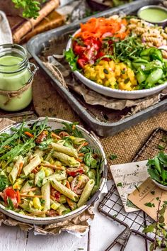 This mouthwatering Vegan Green Goddess Pasta Salad is sure to make all your pasta salad dreams come true with its wholesome deliciousness! Pasta Salad Recipes, Healthy Salad Recipes, Whole Food Recipes, Vegan Recipes, Pasta Facil, Green Goddess, Köstliche Desserts, Base Foods, Plant Based Recipes