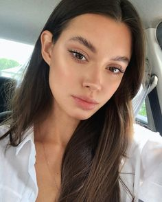 Long lashes without extensions. How to have the perfect natural make-up look. How to achieve glowy fresh skin. Beauty Make-up, Beauty Hacks, Hair Beauty, Beauty Girls, Natural Makeup Looks, Natural Looks, Simple Makeup, Pretty Makeup, Natural Summer Makeup