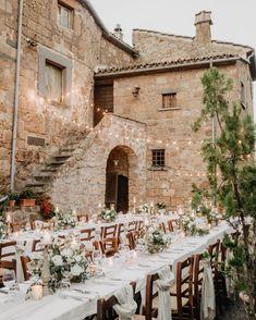 Georgeous al fresco wedding reception, with rustic touch, in Civita di Bagnoregio, Central Italy Wedding Destination, Wedding Goals, Wedding Planning, Ibiza Wedding, Yacht Wedding, Wedding Reception, Our Wedding, Dream Wedding, Wedding Dress