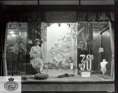 1926 store window display