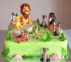 Amazing lion King cake