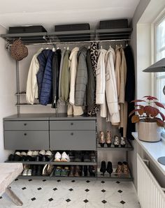 Hall Closet, Closet Space, Paint Colors For Home, House Colors, Hallway Inspiration, Small Hallways, New England Style, Living Room Tv, Storage Hacks