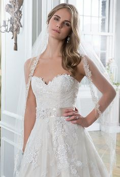 Venice lace wedding dress, embroidered lace and tulle ball gown featuring a sweetheart neckline. Champagne wedding dress, soft gold wedding dress @ Mia Sposa Huddersfield 01484421900