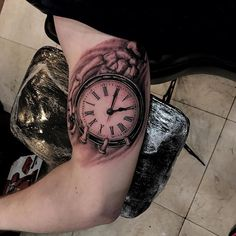 Guillermo tattooed this rad skeleton hand holding a clock! @guimorart . For consultations, information and appointments email info@miamitattooco.com . #miamitattooco #miamibeach #miami #guyswithtattoos #gettattooed #ink #inked #realism #miamitattoos @tatuderm #tatuderm #sullen  #sullenfamily #graceoverink #graceunderink #realistic #tattoo #realism #blackandgrey #artist #skueltonhand #clock #realistictattoo #photorealism #portrait #realismtattoo #portraittattoo #blackandgray #realismo