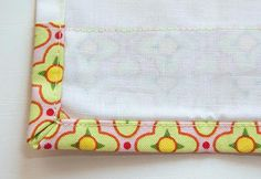 great and easy way to bind a quilt without hand sewing....must try this on my next one ;)