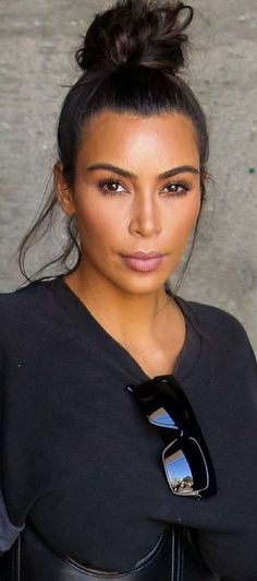 Nice Photo Of Kim/ WOW WITHOUT SEEING HER NIPPLES OR SEE-THROUGH CAMEL TOE, I HARDLY RECOGNIZE THE GIRL! WHAT ABOUT YOU?