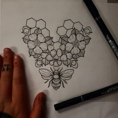 """460 Likes, 6 Comments - Hanah Elizabeth (@hanahelizabethtattoo) on Instagram: """"lil bee thing available ✌"""""""