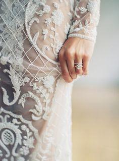 Photography: http://www.katiegrantphoto.com   Wedding dress: http://www.zanzis.com.au/   Read More: https://www.stylemepretty.com/vault/image/6680720