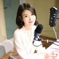 170406 #IU as Melon DJ cr: Fave Entertainment & ㅇㅇ