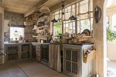 Home tour: uma casa divina no estilo provençal na Suécia