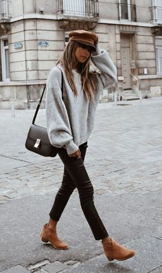 30+ WINTER STREET STYLE LOOKS TO COPY NOW – Outfitier - #fallfashion #falloutf... #fallfashion #falloutf #looks #outfitier #Street #style #Winter Hipster, Shopping, Women's, Woman, Hipsters, Hipster Outfits, Boyshorts