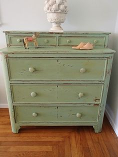 Chippy #GreenDresser Re-do by {DD's Cottage} #PaintedFurniture